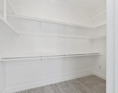 4820 Bellflower Ave Unit 208 - Photo Thumbnail 1