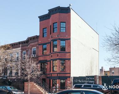218 East Bainbridge Street - Photo Thumbnail 1