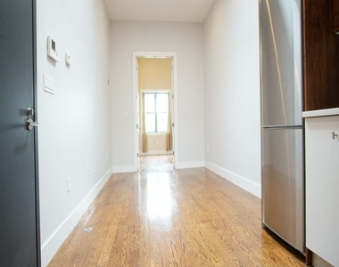 286 Onderdonk Avenue - Photo Thumbnail 5