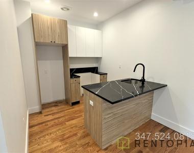61 Montrose Avenue - Photo Thumbnail 1