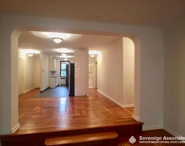 700 Fort Washington Avenue - Photo Thumbnail 7