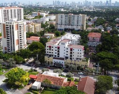 1091 Galiano St # 406 - Photo Thumbnail 2