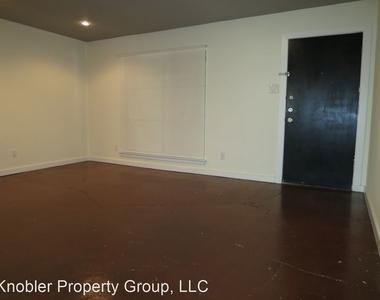 4107 Avondale Avenue 205 - Photo Thumbnail 3