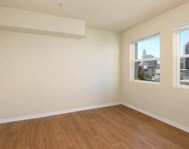 601 E. 2nd Street - Photo Thumbnail 16