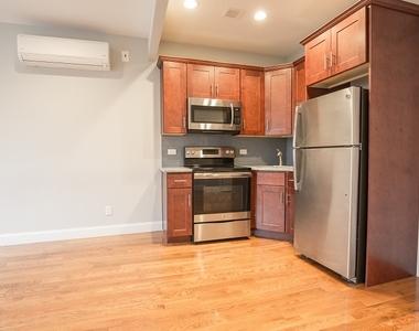 31 East 126th Street - Photo Thumbnail 2