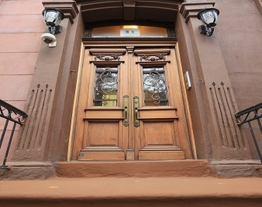 31 East 126th Street - Photo Thumbnail 8