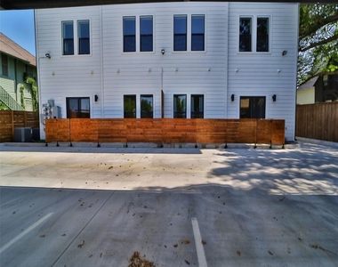 1322 Lipscomb Street - Photo Thumbnail 14