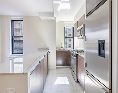 400 East 57th Street - Photo Thumbnail 0