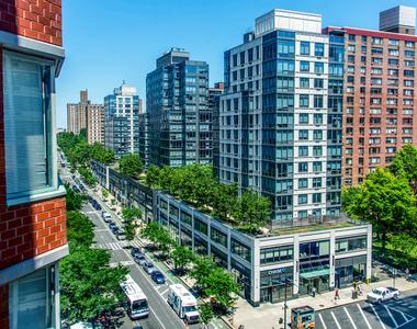750 Columbus Ave. - Photo Thumbnail 33