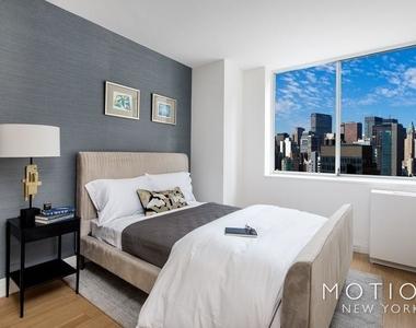 240 East 27th Street - Photo Thumbnail 5