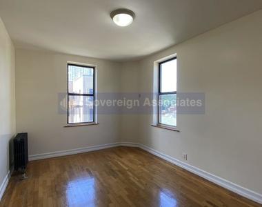10 Adrian Avenue - Photo Thumbnail 3