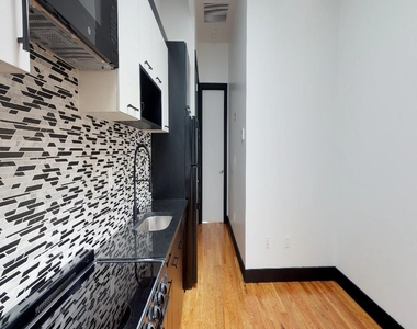 954 Madison Street - Photo Thumbnail 4