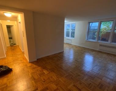 147th Street - Photo Thumbnail 1