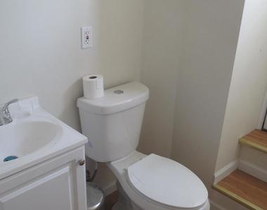 5913 N Broad Street - Photo Thumbnail 4
