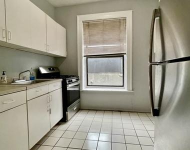 485 Central Park West                      GNM - Photo Thumbnail 4