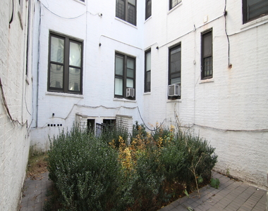35 Clarkson Ave - Unit: 1A - Photo Thumbnail 7