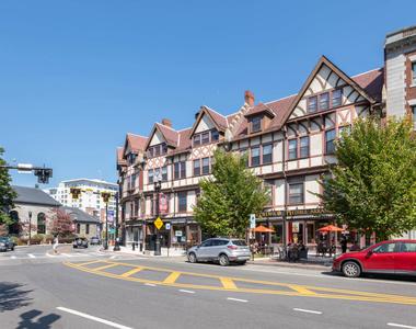 790 Willard Street - Photo Thumbnail 33