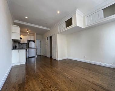 1564 2nd Avenue - Photo Thumbnail 2
