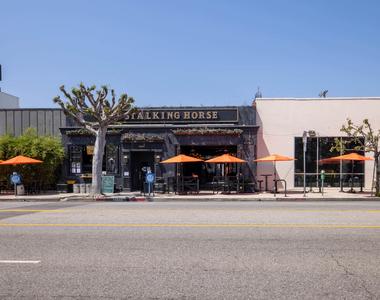 2245 South Beverly Glen - Photo Thumbnail 13