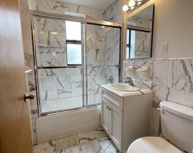 Upper East Side - Photo Thumbnail 10