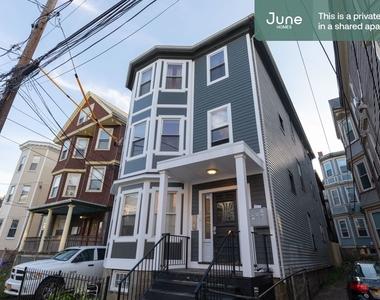 101 Calumet Street - Photo Thumbnail 12