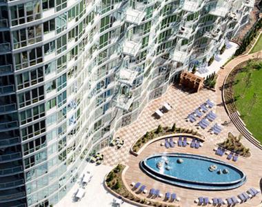 5241 Center Boulevard - Photo Thumbnail 12