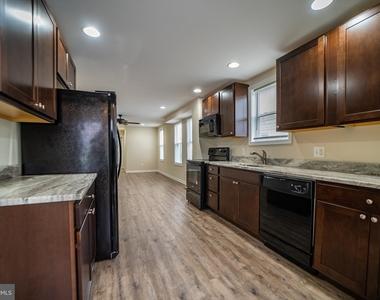 6109 Danville Avenue - Photo Thumbnail 2