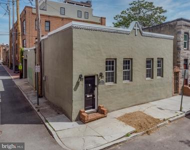 1720 Lancaster Street - Photo Thumbnail 45