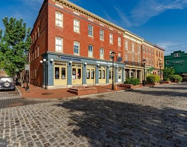 1720 Lancaster Street - Photo Thumbnail 56