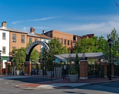 1720 Lancaster Street - Photo Thumbnail 54