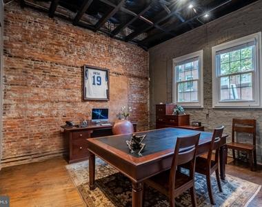 1720 Lancaster Street - Photo Thumbnail 1