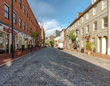1720 Lancaster Street - Photo Thumbnail 93