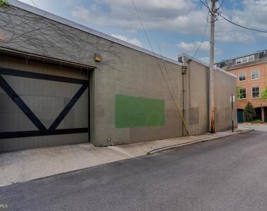 1720 Lancaster Street - Photo Thumbnail 34