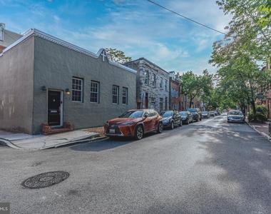 1720 Lancaster Street - Photo Thumbnail 0
