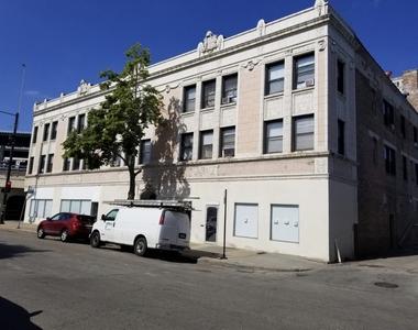 7606 North Paulina Street - Photo Thumbnail 21