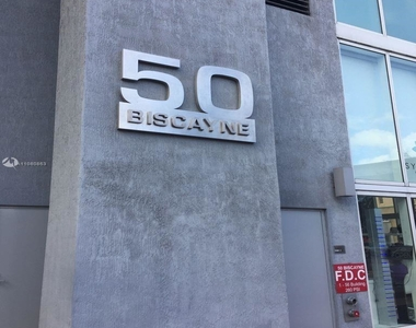 50 Biscayne Blvd - Photo Thumbnail 32