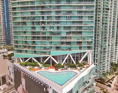 888 Biscayne Blvd - Photo Thumbnail 55