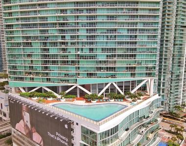 888 Biscayne Blvd - Photo Thumbnail 47