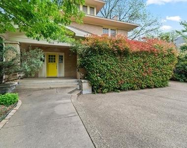 4313 Avondale Avenue - Photo Thumbnail 2