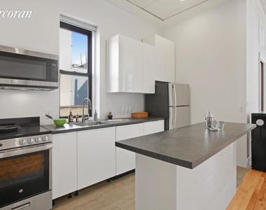 404 East 11th Street - Photo Thumbnail 3