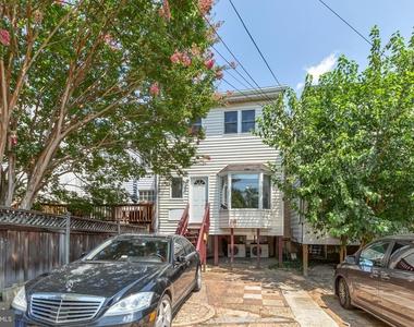 1710 37th Street Nw - Photo Thumbnail 34
