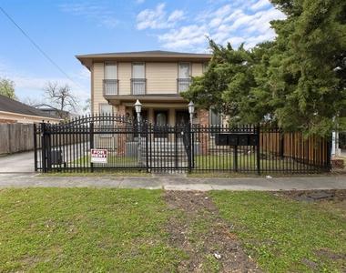 4306 Wilmer Street - Photo Thumbnail 1