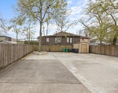 4306 Wilmer Street - Photo Thumbnail 3