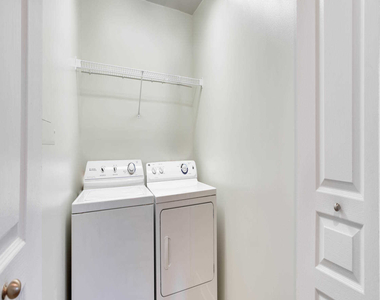4411 Connecticut Ave. Nw - Photo Thumbnail 10