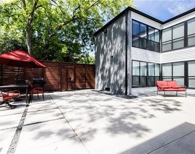 2806 Reagan Street - Photo Thumbnail 11
