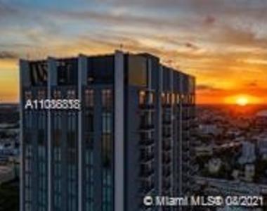 400 Nw 1st Avenue - Photo Thumbnail 4