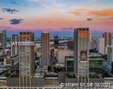 400 Nw 1st Avenue - Photo Thumbnail 5