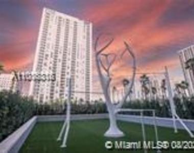 400 Nw 1st Avenue - Photo Thumbnail 8