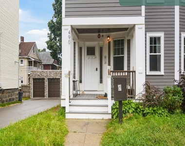 490 Washington Street - Photo Thumbnail 17