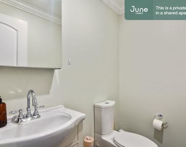 490 Washington Street - Photo Thumbnail 9
